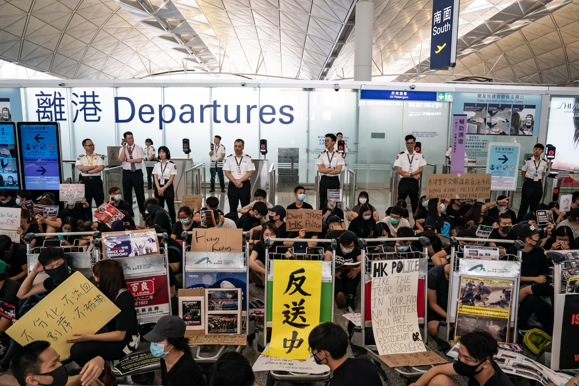 Airport Cleans Up After Night of Protest Chaos: Hong Kong Update