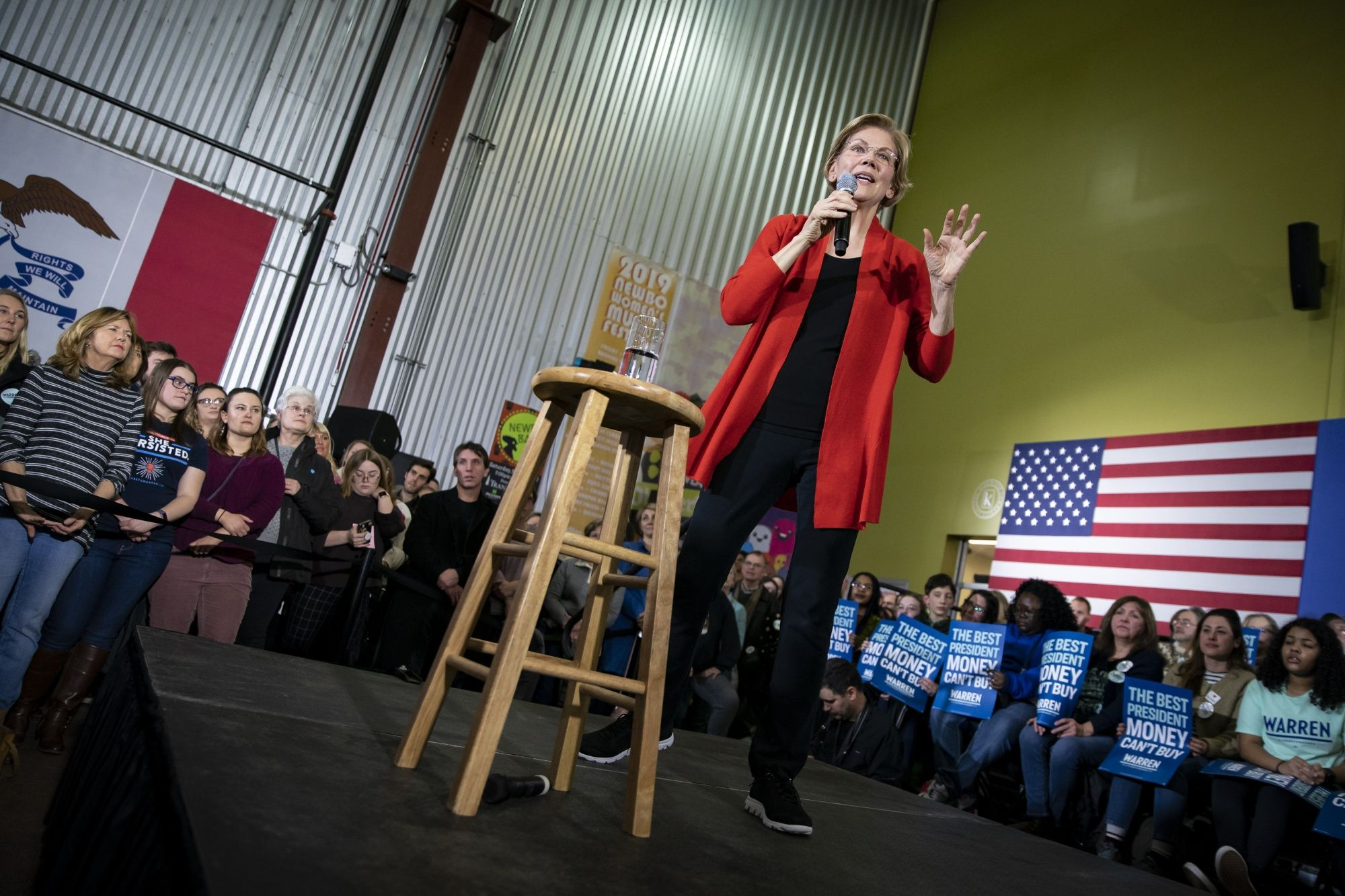Elizabeth Warren Sets Aggressive End-of-Month Fundraising Goal