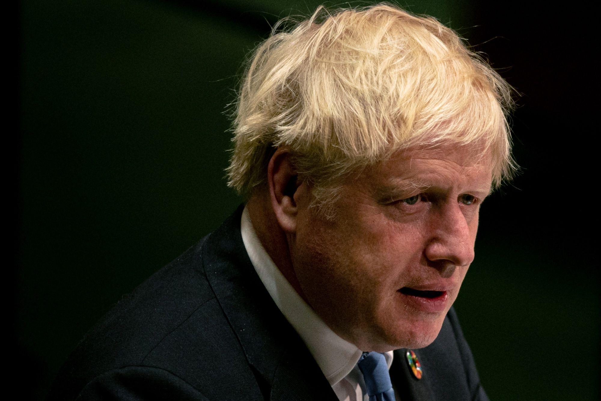 Sturgeon Urges Parliament to Remove Boris Johnson: Brexit Update