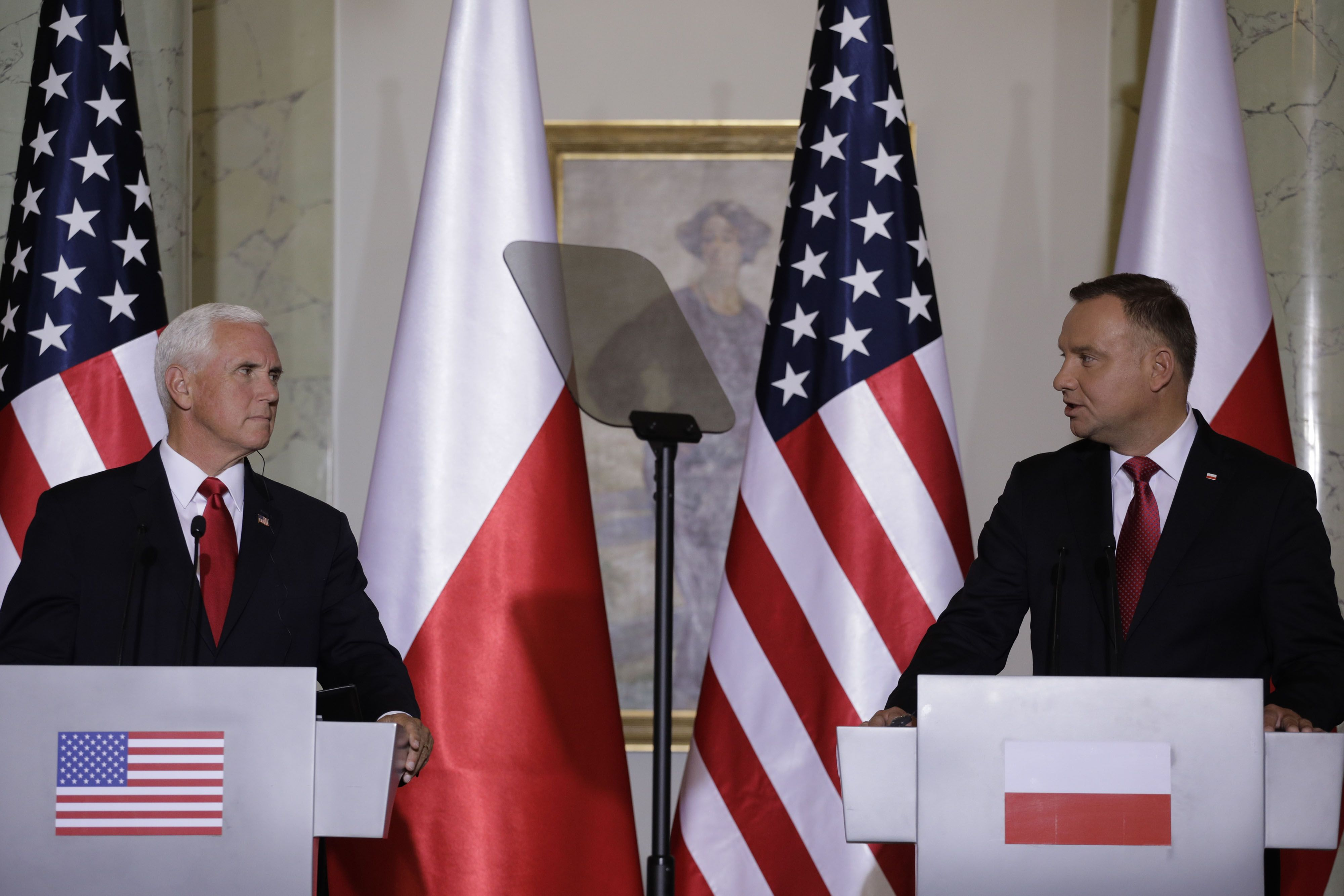 U.S. and Poland Ink 5G Security Agreement Amid Anti-Huawei Campaign