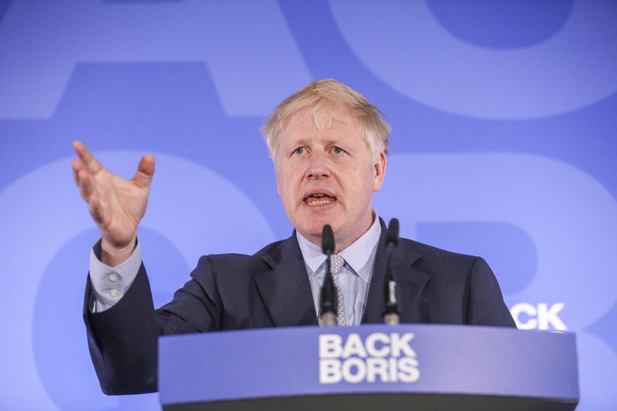 U.K.s Boris Johnson Warns Trump He Wont Support a War With Iran