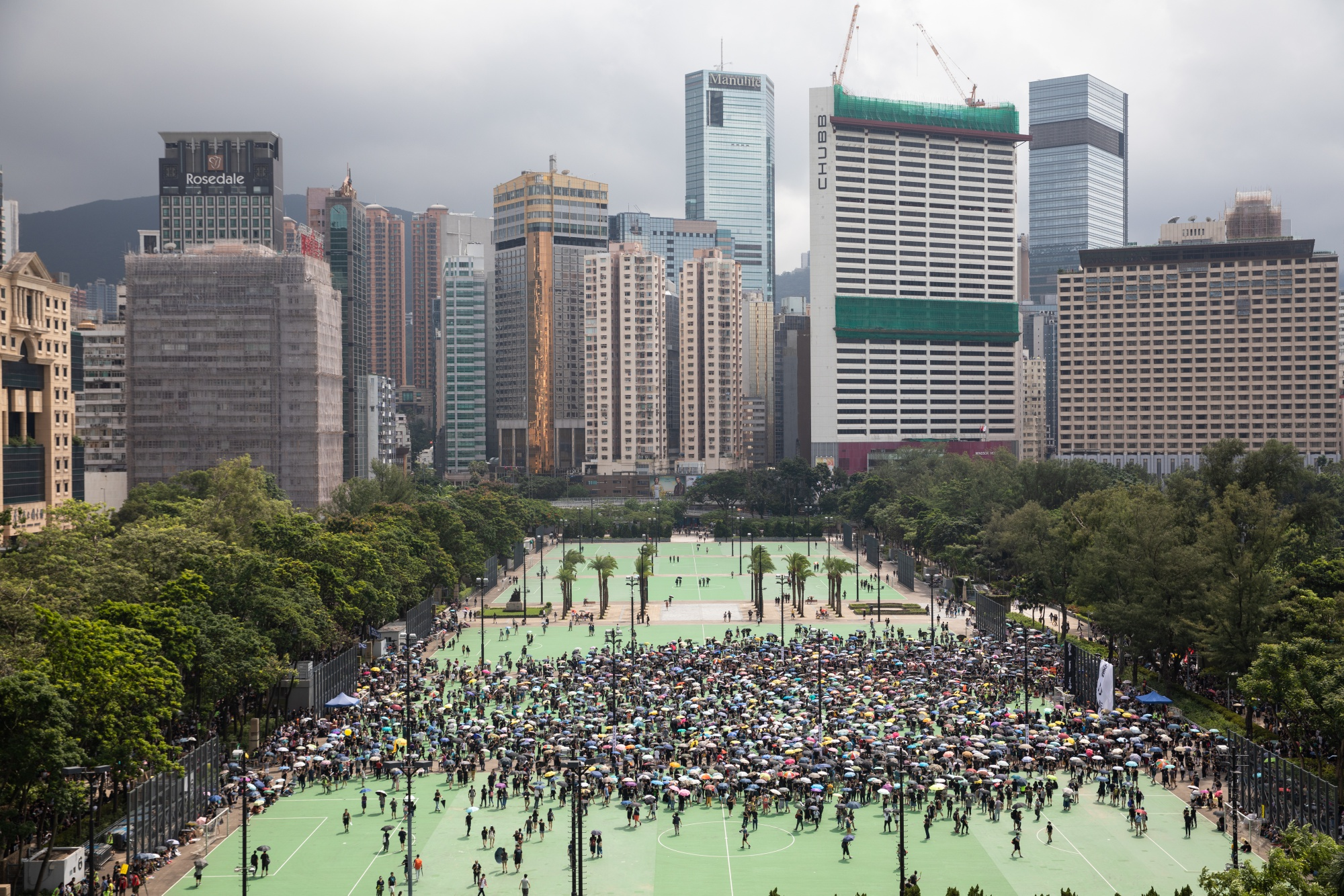 Hong Kong Violence Intensifies During 10th Weekend of Protests