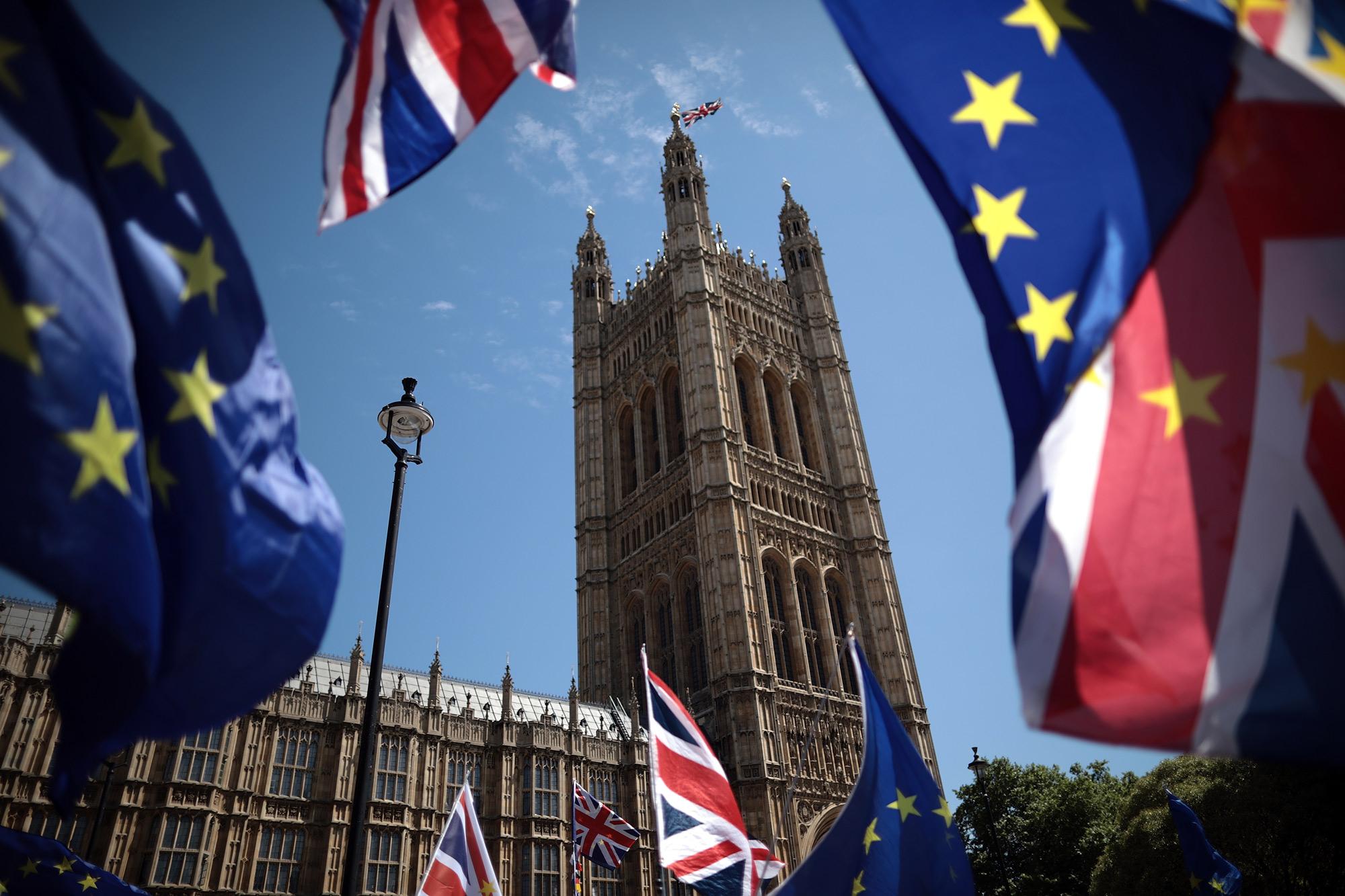 Britain Can't Fix Brexit Until It Drafts a Constitution