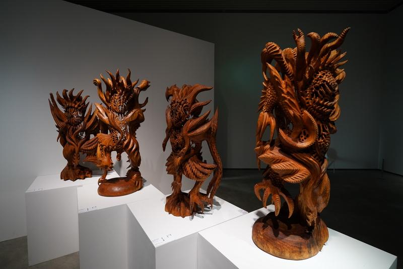 精細的雕刻藝術作品,不免讓觀展者對工匠技藝感到佩服