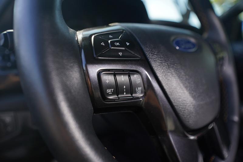在Co-Pilot 360 Technology的協助下,在高速公路上開啟系統,只要控制好方向盤就能放心地將油門與煞車交給車輛本身