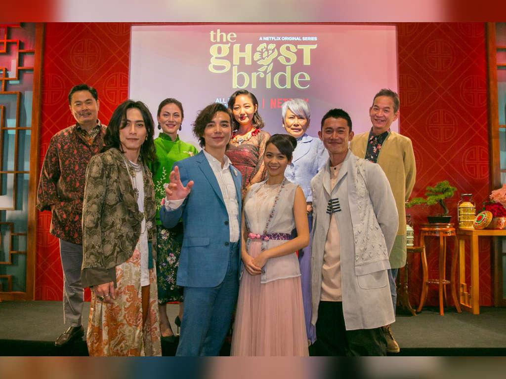 "The cast of ""The Ghost Bride"": (Top L-R) Jordan Voon, Angeline Tan, Jojo Goh, Susan Leong, Wilson Tin; (Bottom L-R) Kuang Tian, Ludi Lin, Huang Pei-Jia, Wu Kang Jen."