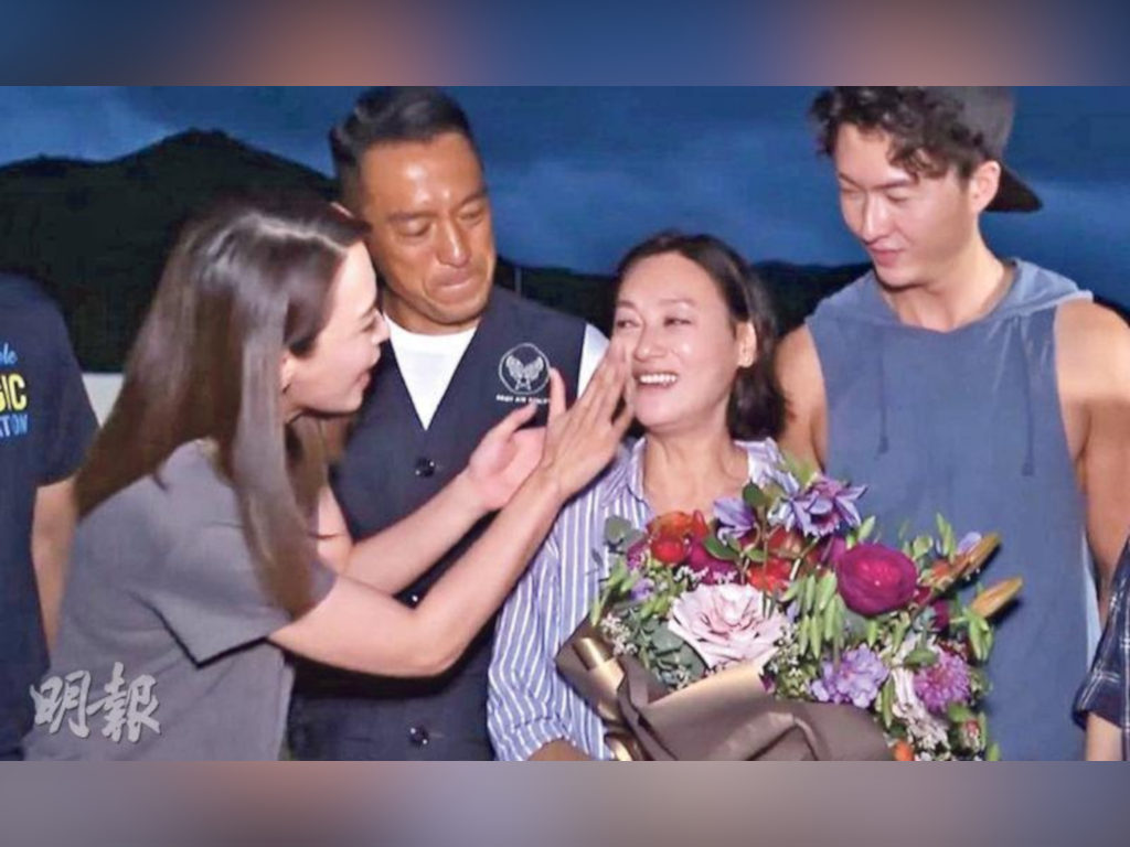 Kara Hui sheds tears as she feels reluctant to leave her cast members.