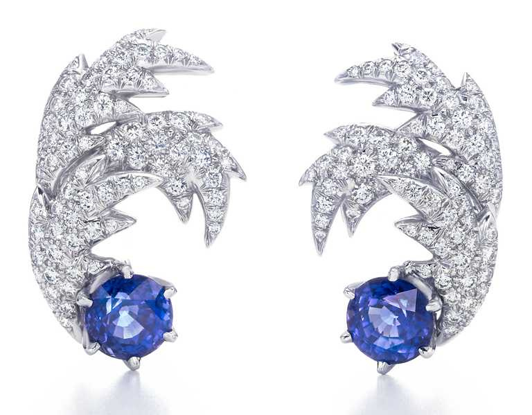 TIFFANY & CO.「Jean Schlumberger」系列高級珠寶,蝴蝶設計彩色剛玉與鑽石項鍊╱30,000,000元。(圖╱TIFFANY & CO.提供)