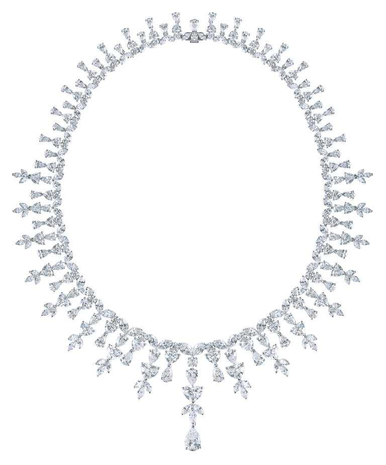 DE BEERS「Aden Heart」系列高級珠寶鑽石項鍊╱275顆圓形明亮式、欖尖形、梨形及心形切割鑽石,總重67.33克拉╱26,500,000元。(圖╱DE BEERS提供)
