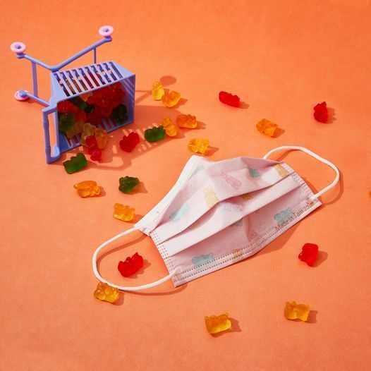圖為「QQ小熊軟糖口罩」。