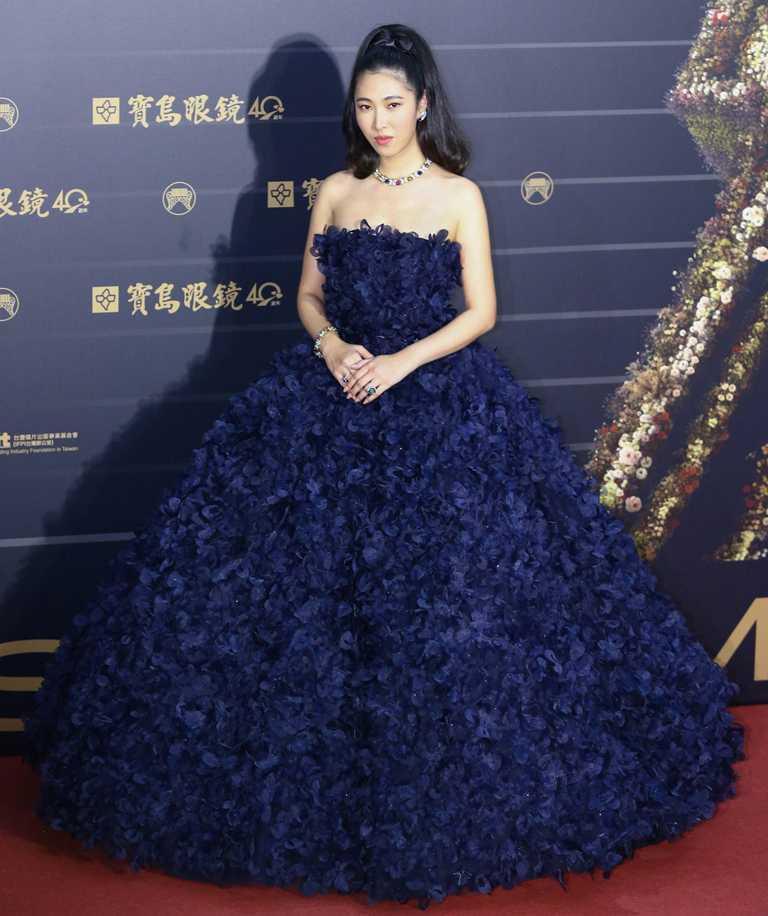 入圍第31屆金曲獎「最佳國語女歌手」的王若琳,全新TIFFANY & CO.「Jean Schlumberger」系列高級珠寶作品,閃耀金曲盛宴。(圖╱TIFFANY & CO.提供)