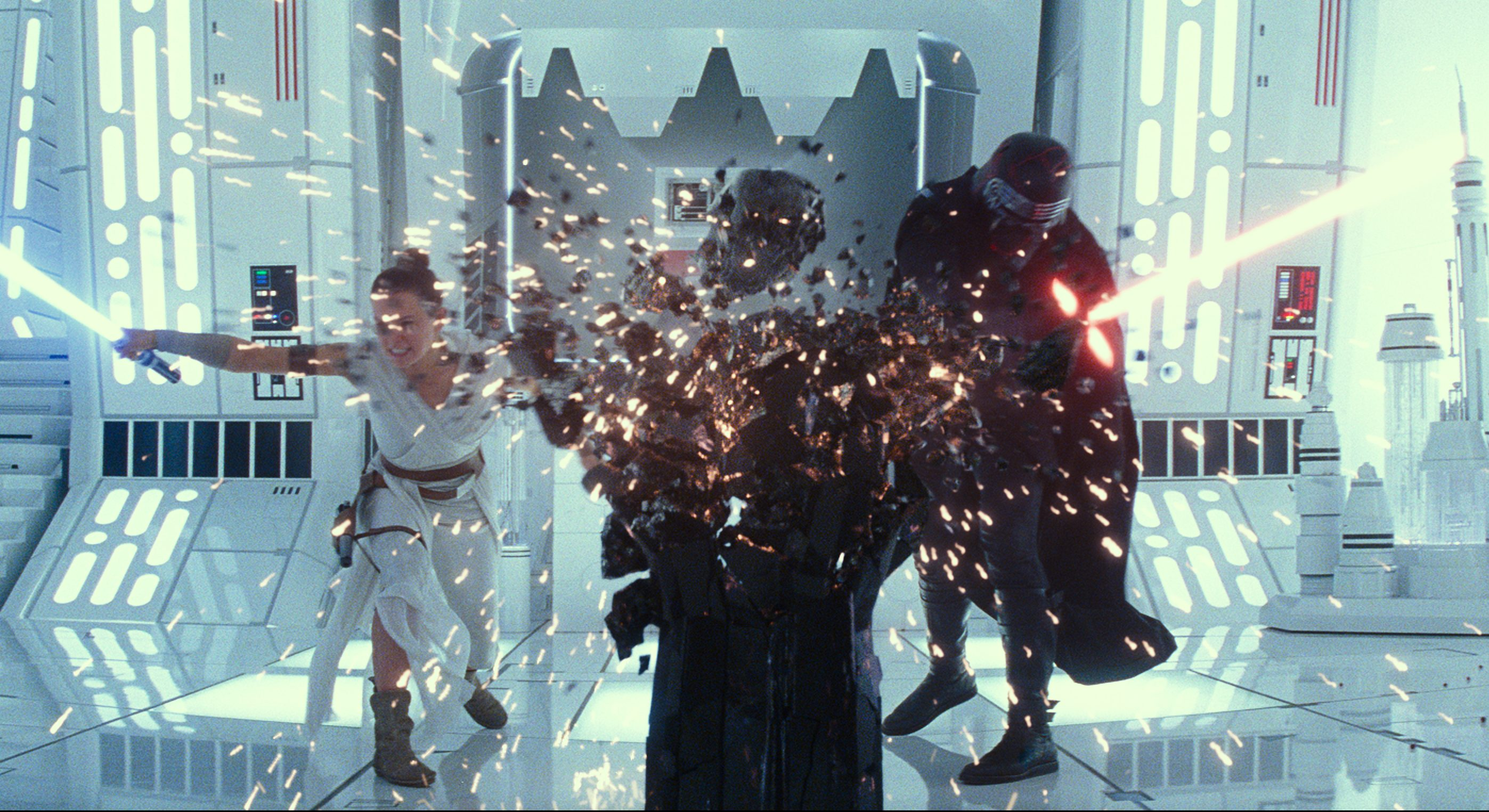 'Star Wars: Rise Of Skywalker' Lowers Lightsaber To $177M+, Still 3rd Best December Opening – Monday AM Update