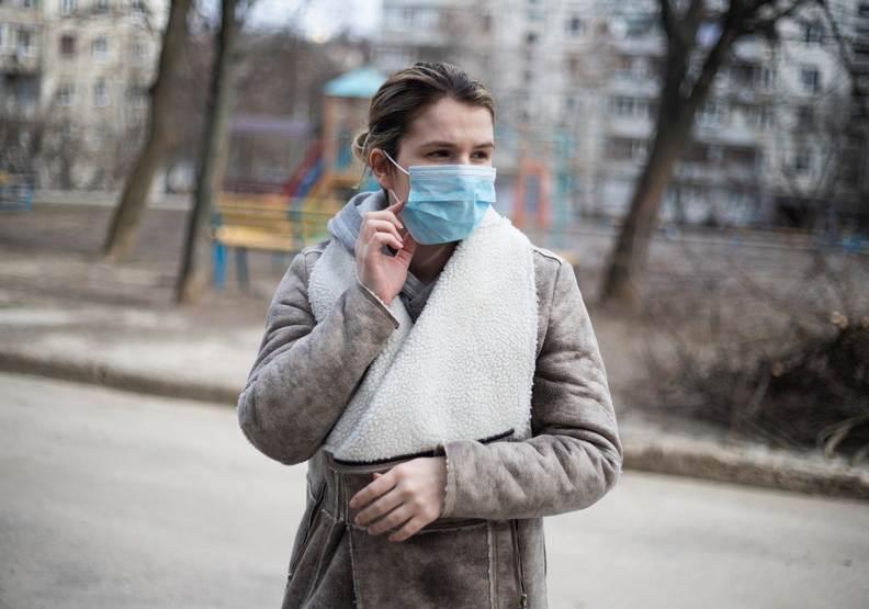 戴口罩能有效避免自己的手去觸摸口鼻