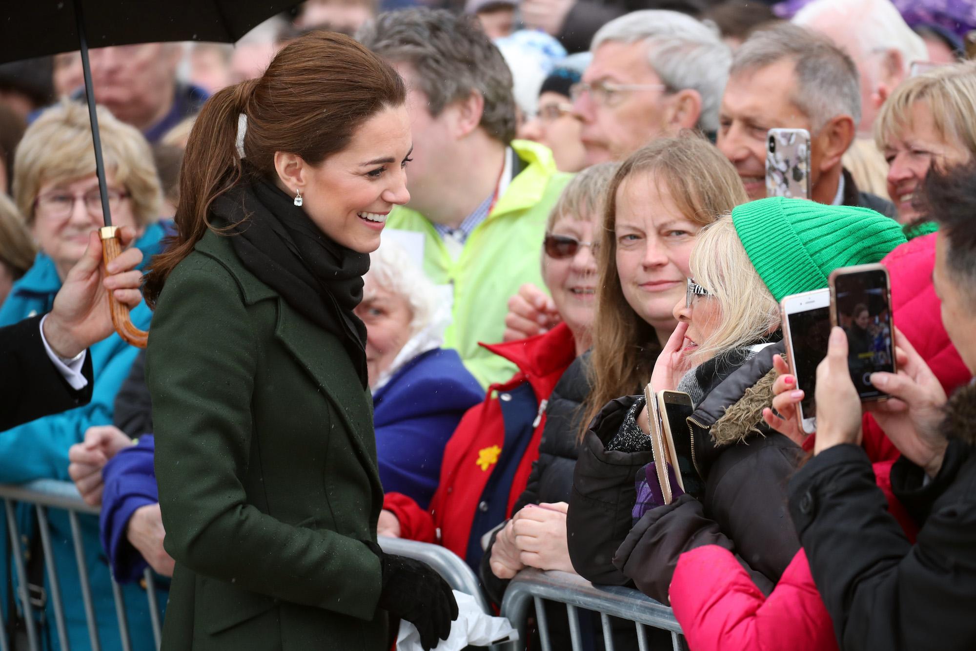 公爵夫人凱特在學校被欺負