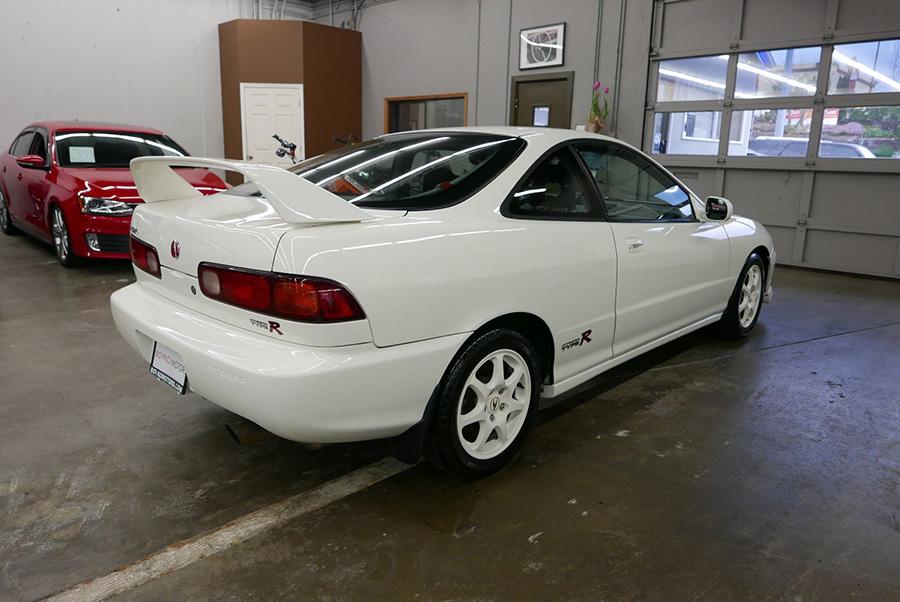 1997年honda Integra Type R要賣我4 5萬美元 Yahoo奇摩