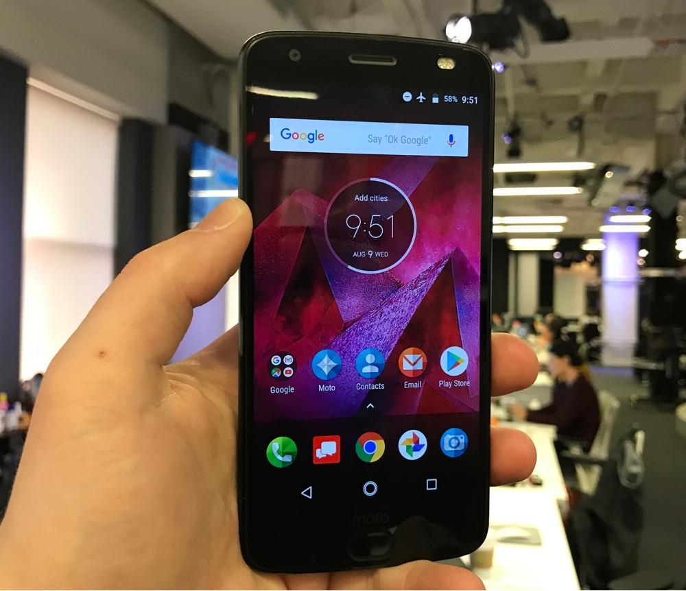 Motorola's Moto Z2 Force has an unbreakable screen, but it isn't flawless