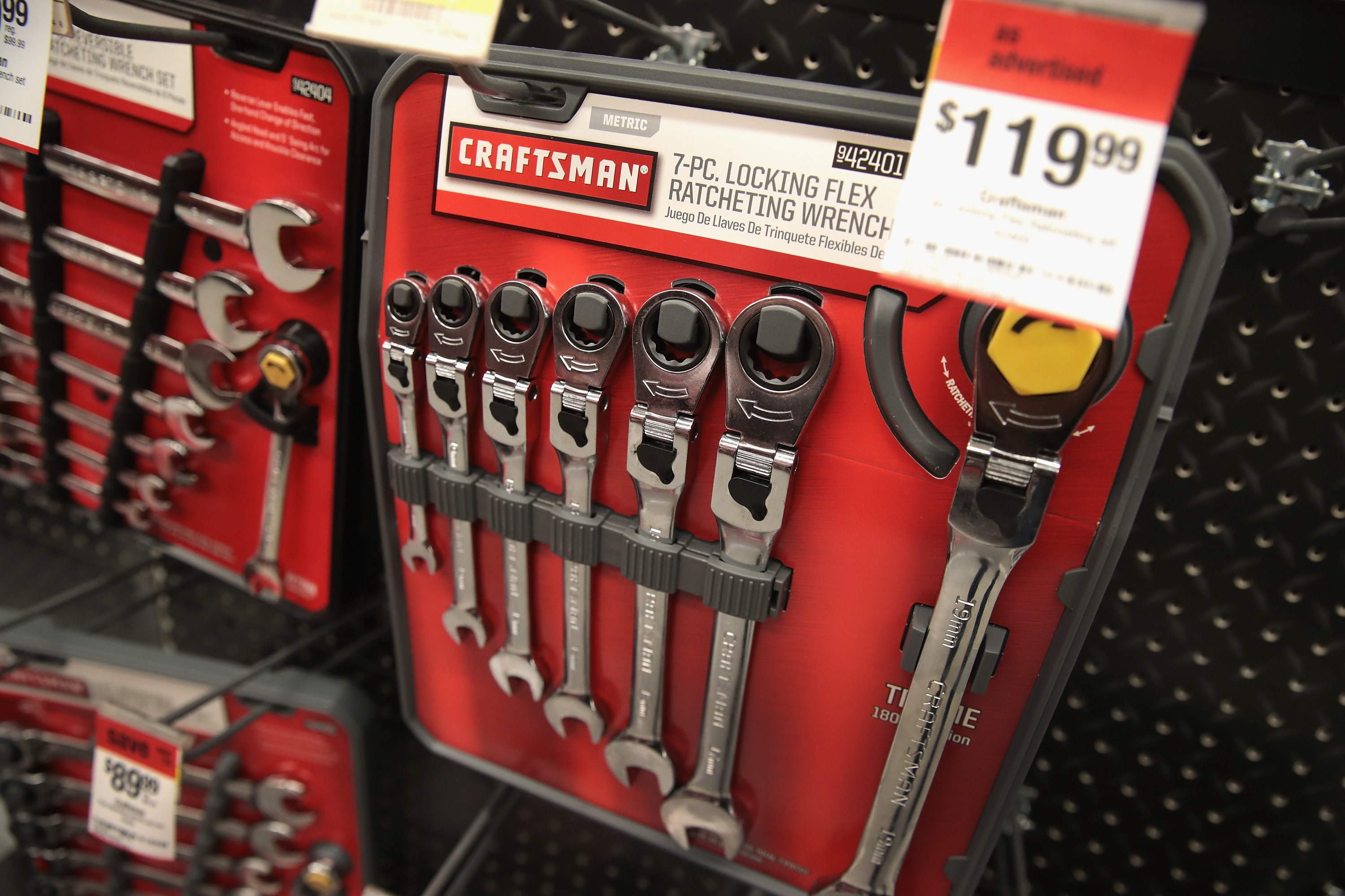 rochester, NY > tools - by owner *** BRAND NEW - FACTORY SEALED *** Sears Craftsman 52 Piece Polished Chrome Wrench Set & Carry Case Get all the Craftsman Combination Wrenches in one set. Includes each and every inch size Craftsman offers as well as each and every metric size Craftsman offers in a raised panel combination wrench.
