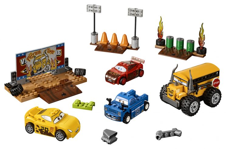 Ultramoderne Cars 3': Lego Does Lightning McQueen and Crew in New Brick Sets HX-71
