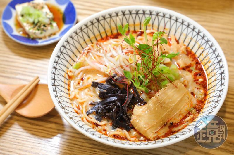 【不開車遊嘉義6】吃不出是素食!「小有名堂」把豆乳麵做成風靡國際的潮流小