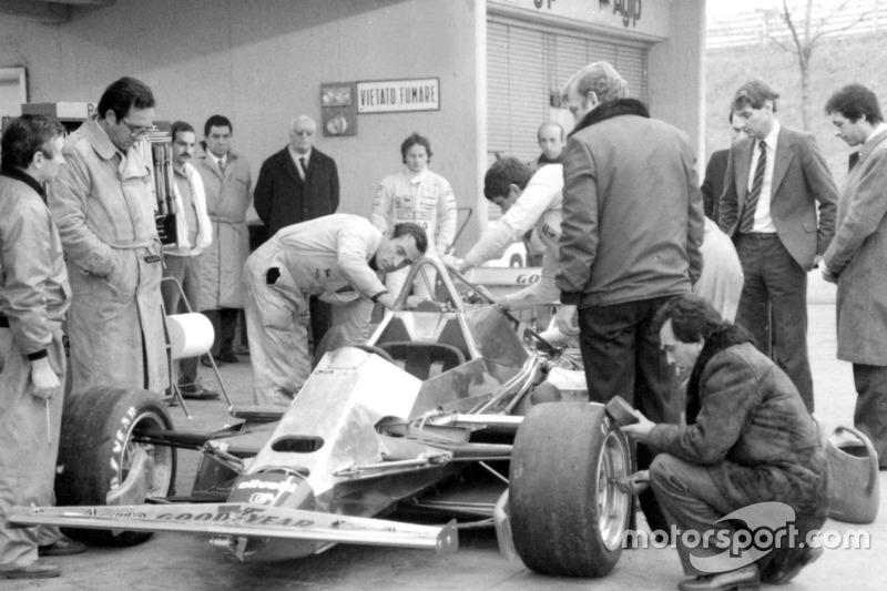 "1982 <span class=""copyright"">Ferrari </span>"