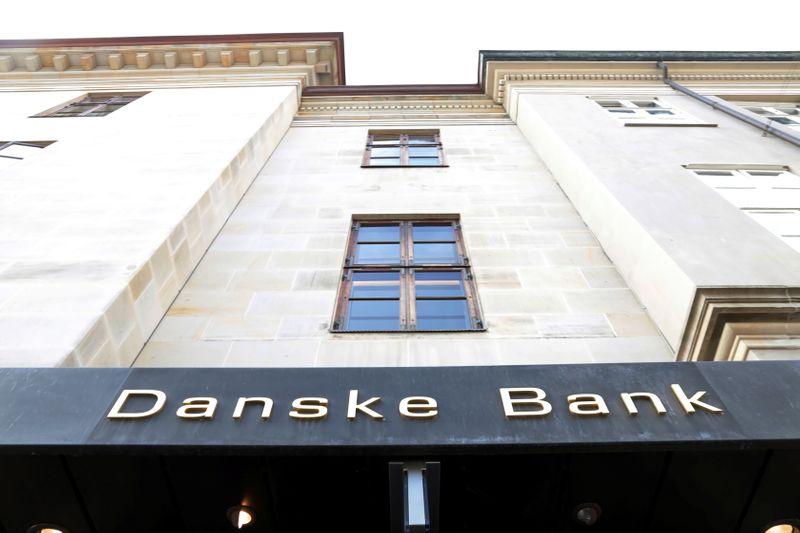 Danske Teens Scene 1