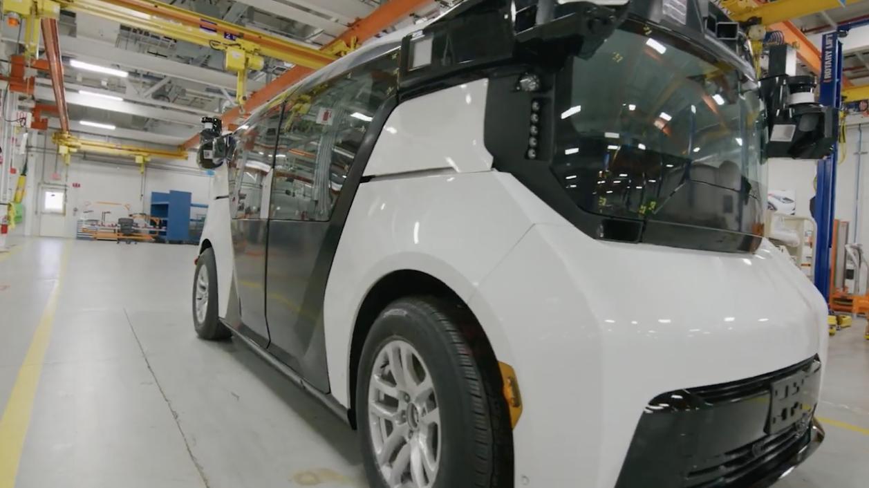 California bắt buộc phải sử dụng phương tiện xe tự hành không phát thải (zero emission) vào năm 2030