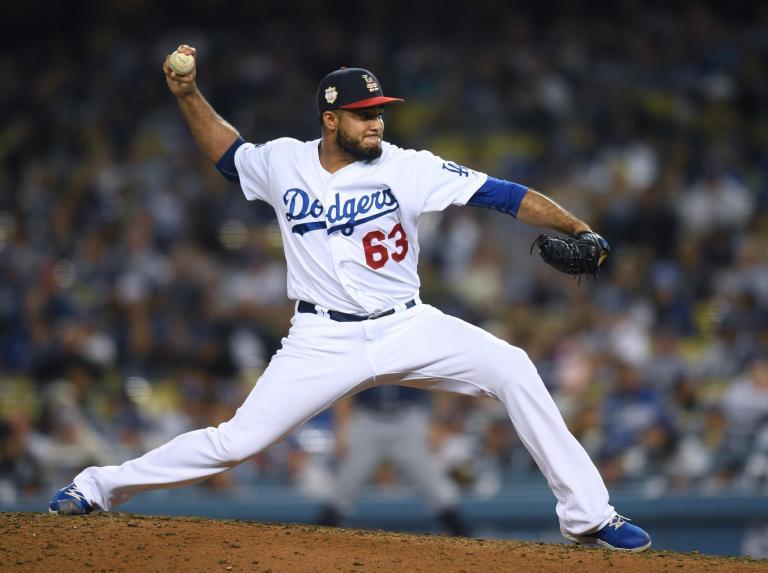 California earthquake: Los Angeles Dodgers baseball team plays on while quake rattles stadium