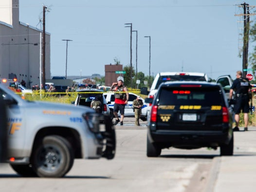 Texas shooting: Five dead and 21 injured after 'white male' opens fire in Midland and Odessa