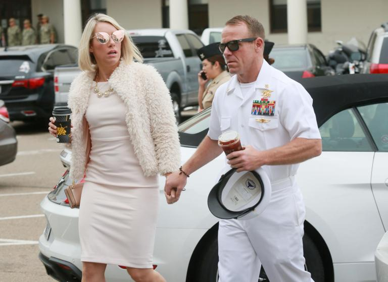 Navy Seals discussed chief officers alleged war crimes in WhatsApp group, trial hears