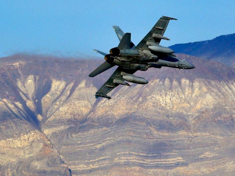 Pilot missing after US fighter jet crashes in Death Valley, leaving sightseers injured
