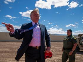 Mexico border wall: Trump orders aides to seize private land and disregard environmental rules