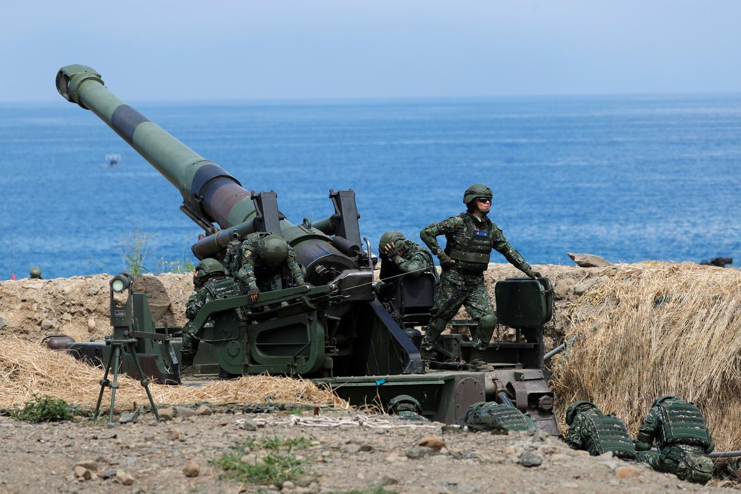 How Taiwan Can Defend Its Coastline Against China