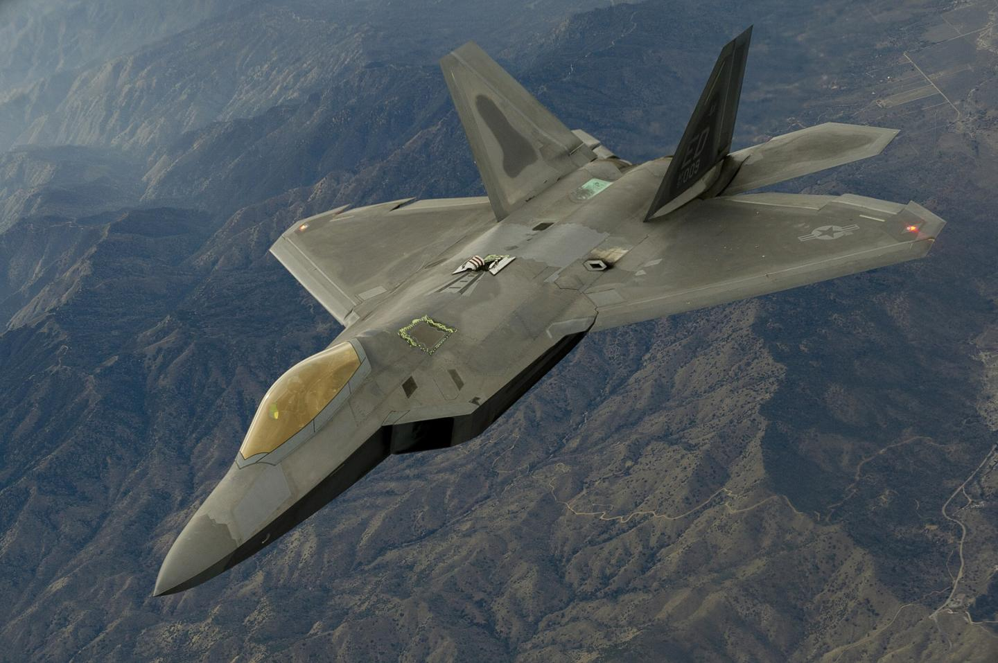 Explained: F-22 Raptors Are Headed to the Salute to America Celebration