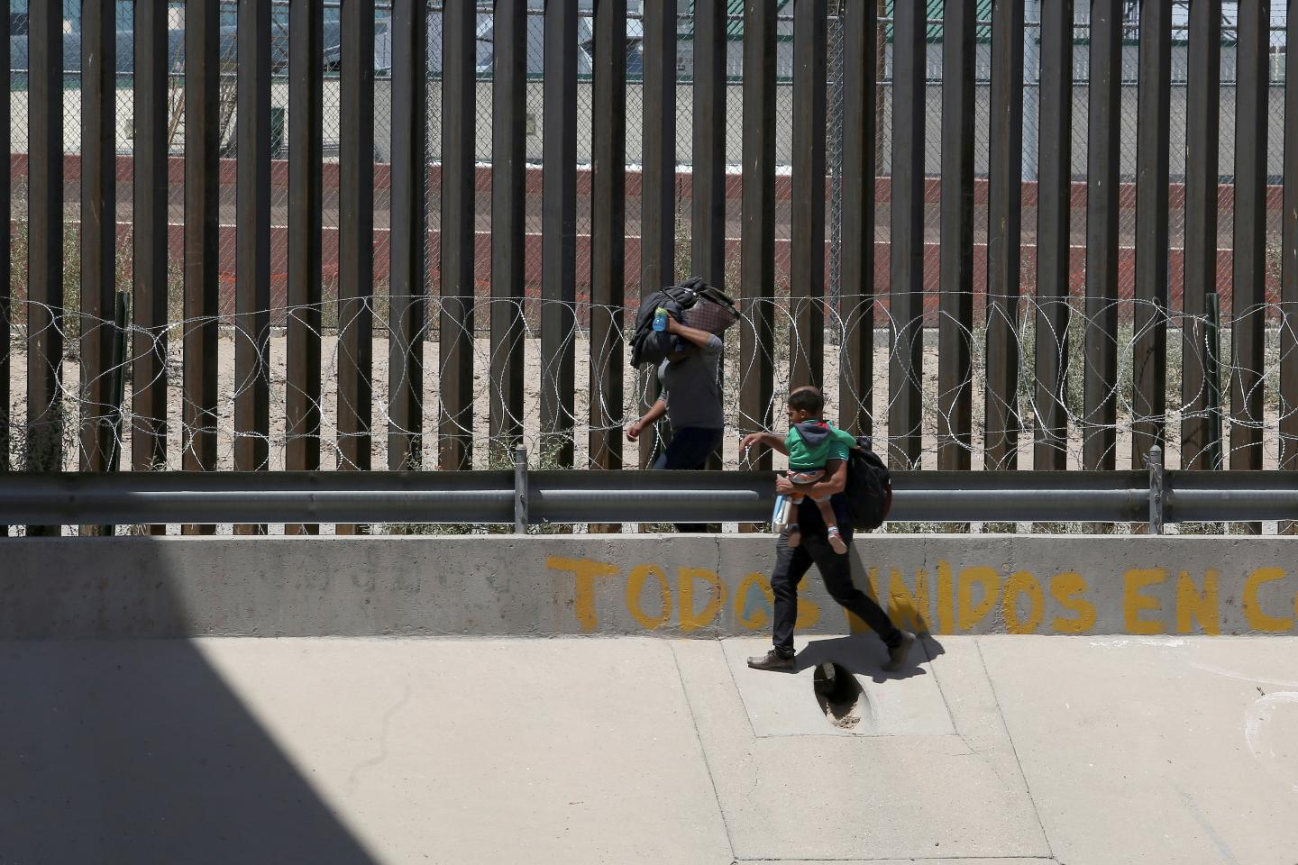The 1985 Case That Sets the Rules for How Government Can Treat Migrant Children