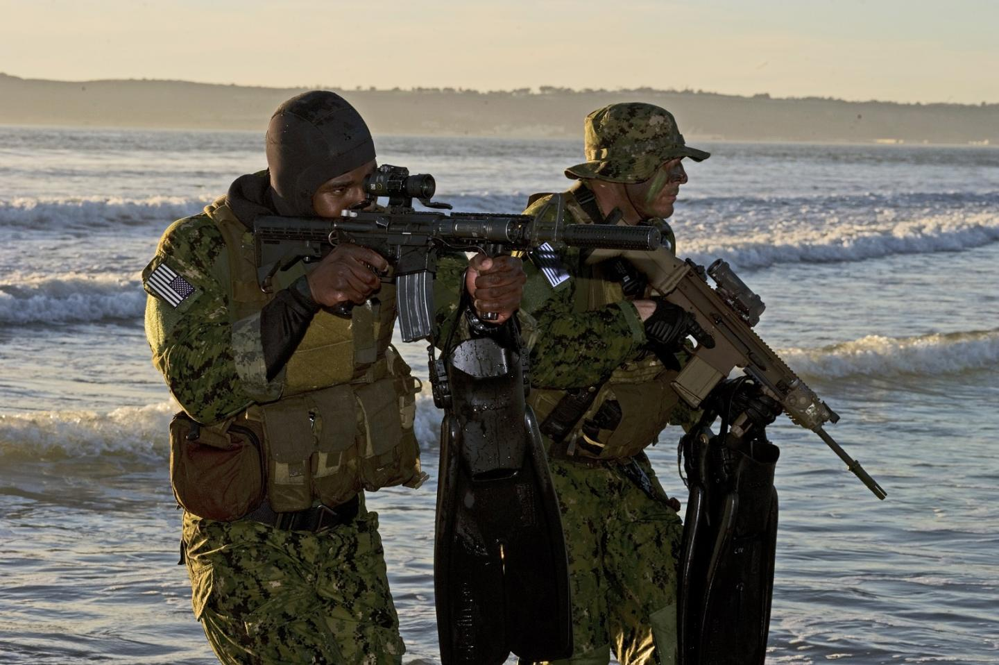 Why the U.S. Navy SEALs are Falliing Apart