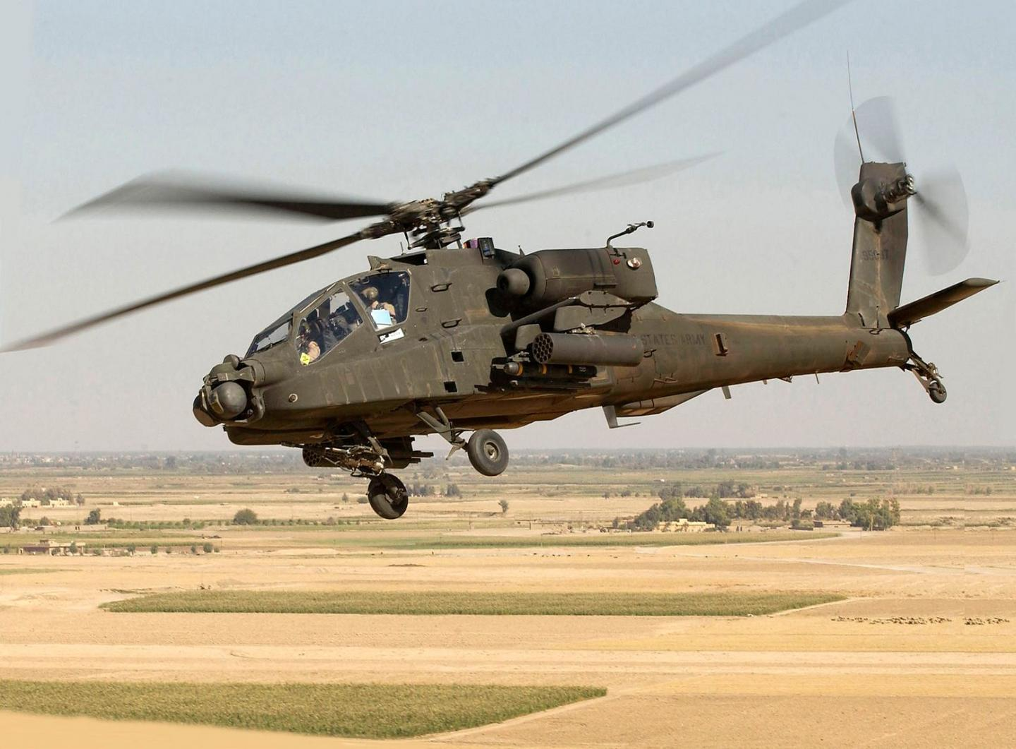 Its a Deal: Army Wants Boeing to Build or Fix 600 AH-64E Apaches