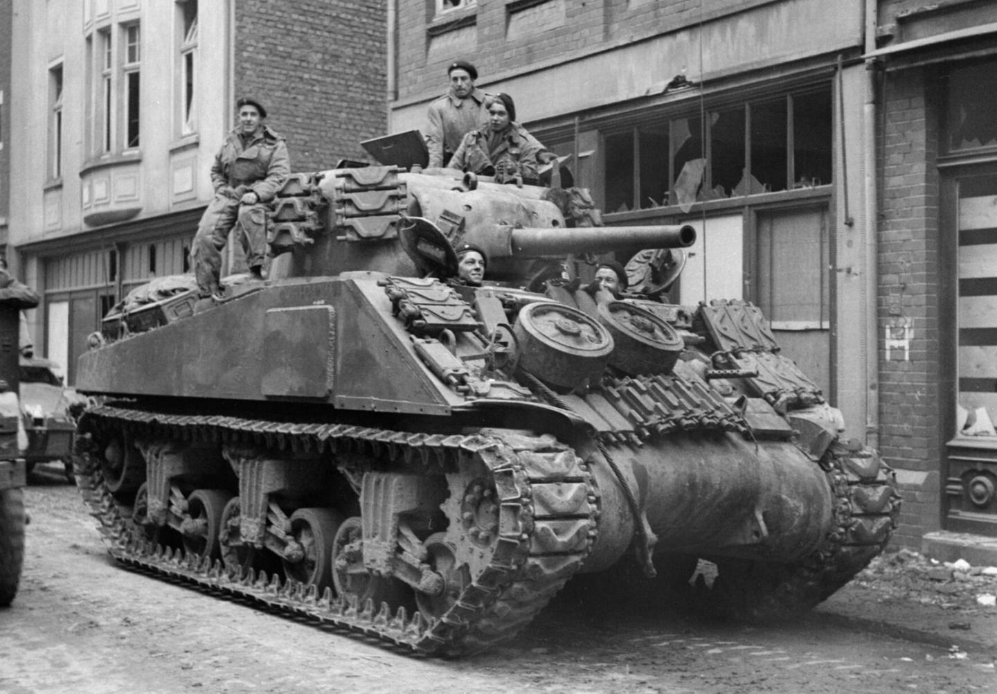 How Americas 30th Infantry Division Laid Waste to Nazi Panzers at Mortain