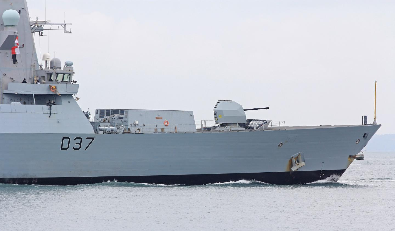Iran vs. Royal Navy: British Naval Destroyer Deploys to Persian Gulf