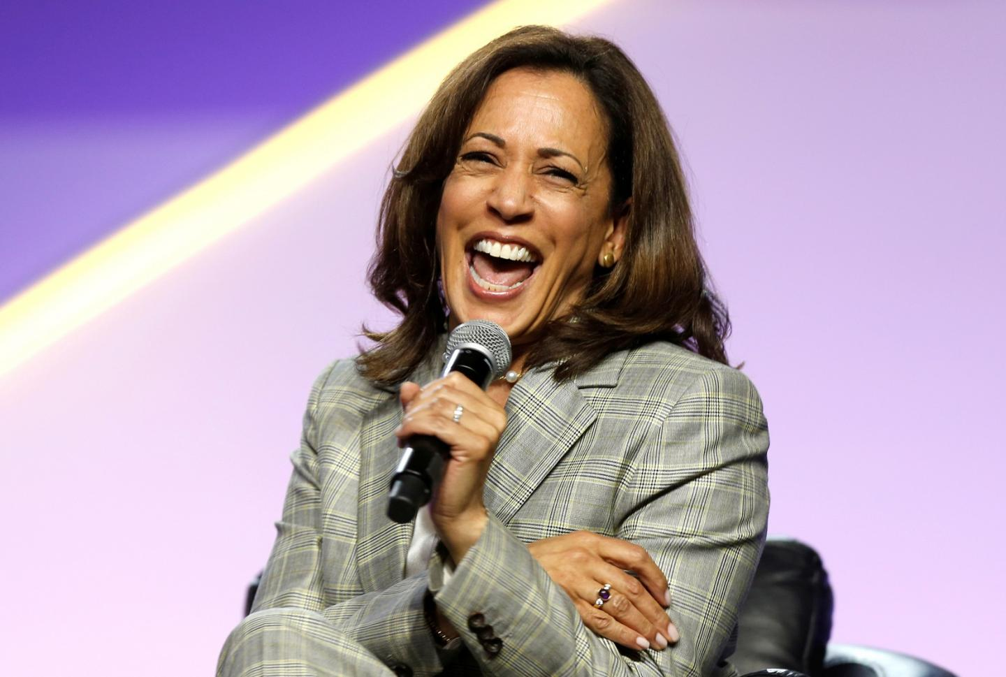 Kamala Harris Uses Her New Medicare For All Plan To Go After Bernie