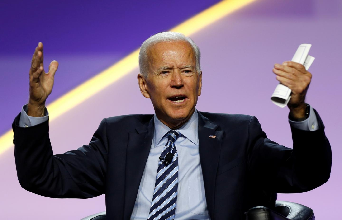 Bidens Campaign in Crisis? Former Obama VP Scrambling to Reassure Donors