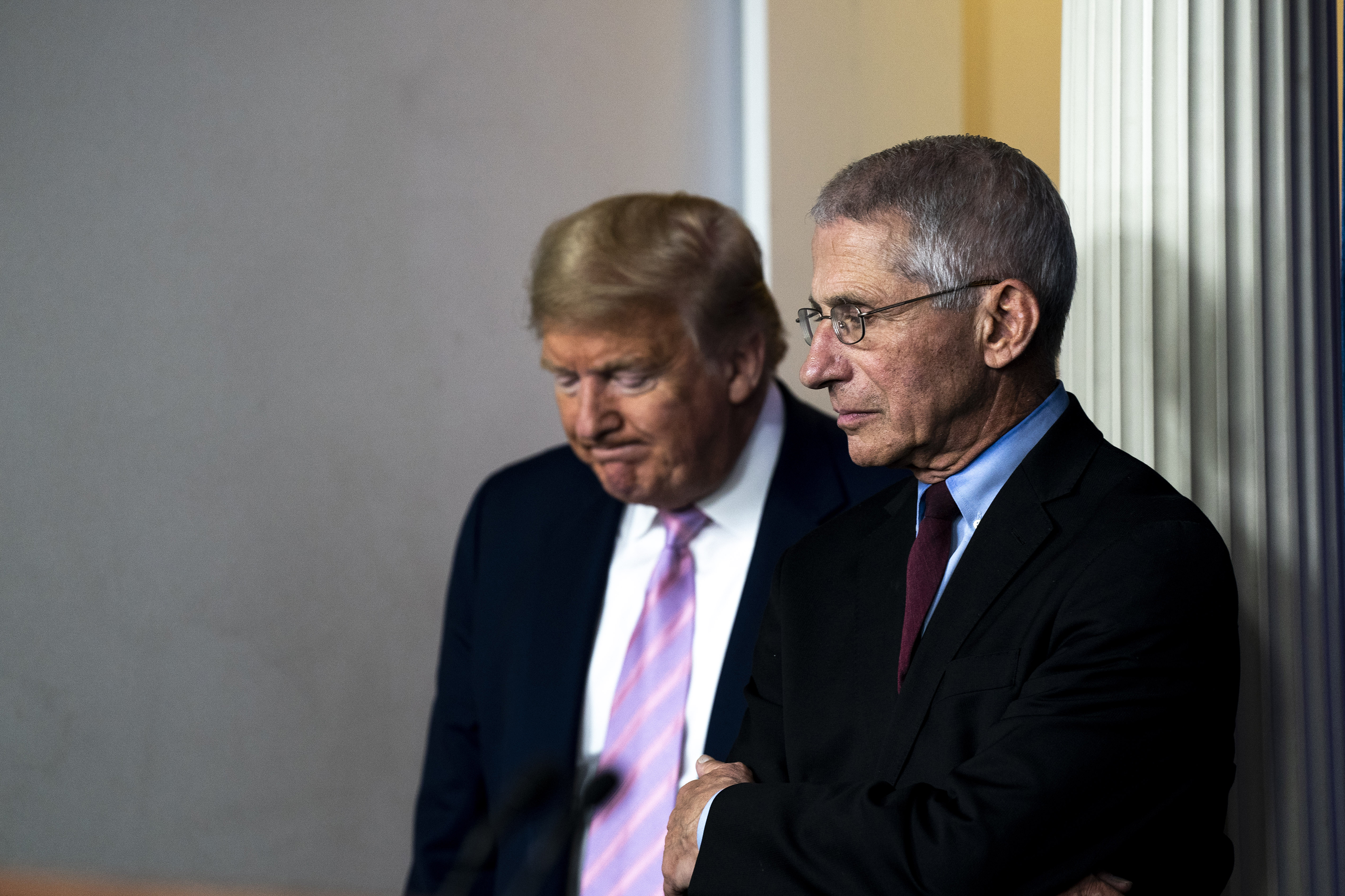 Trump Lashes Out at Fauci Amid Criticism of Slow Virus Response