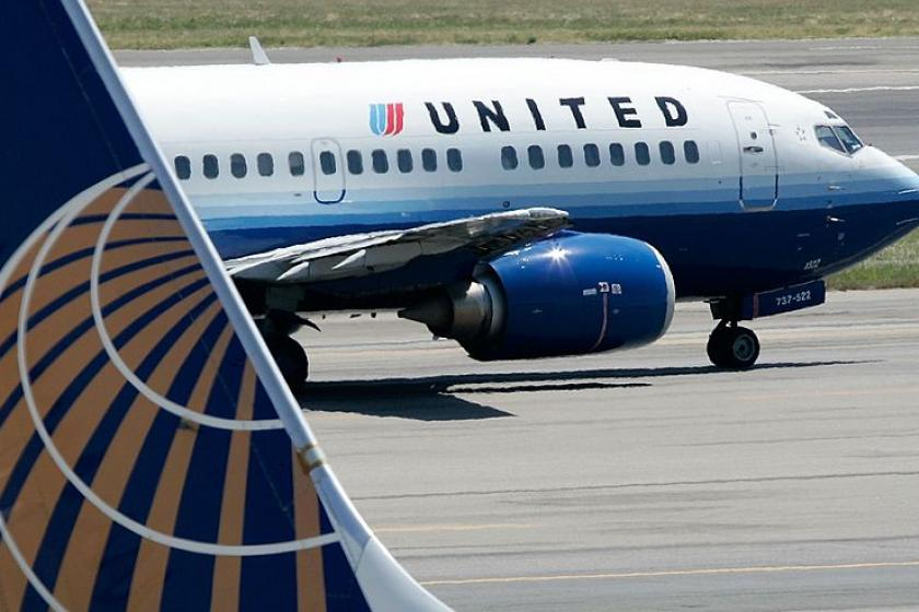 United to become 1st U.S. airline to offer passengers COVID-19 tests