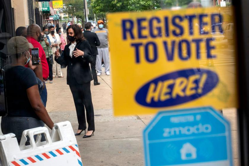 Democratic strategist privately warns of surging voter registration among Trump-leaning demographics
