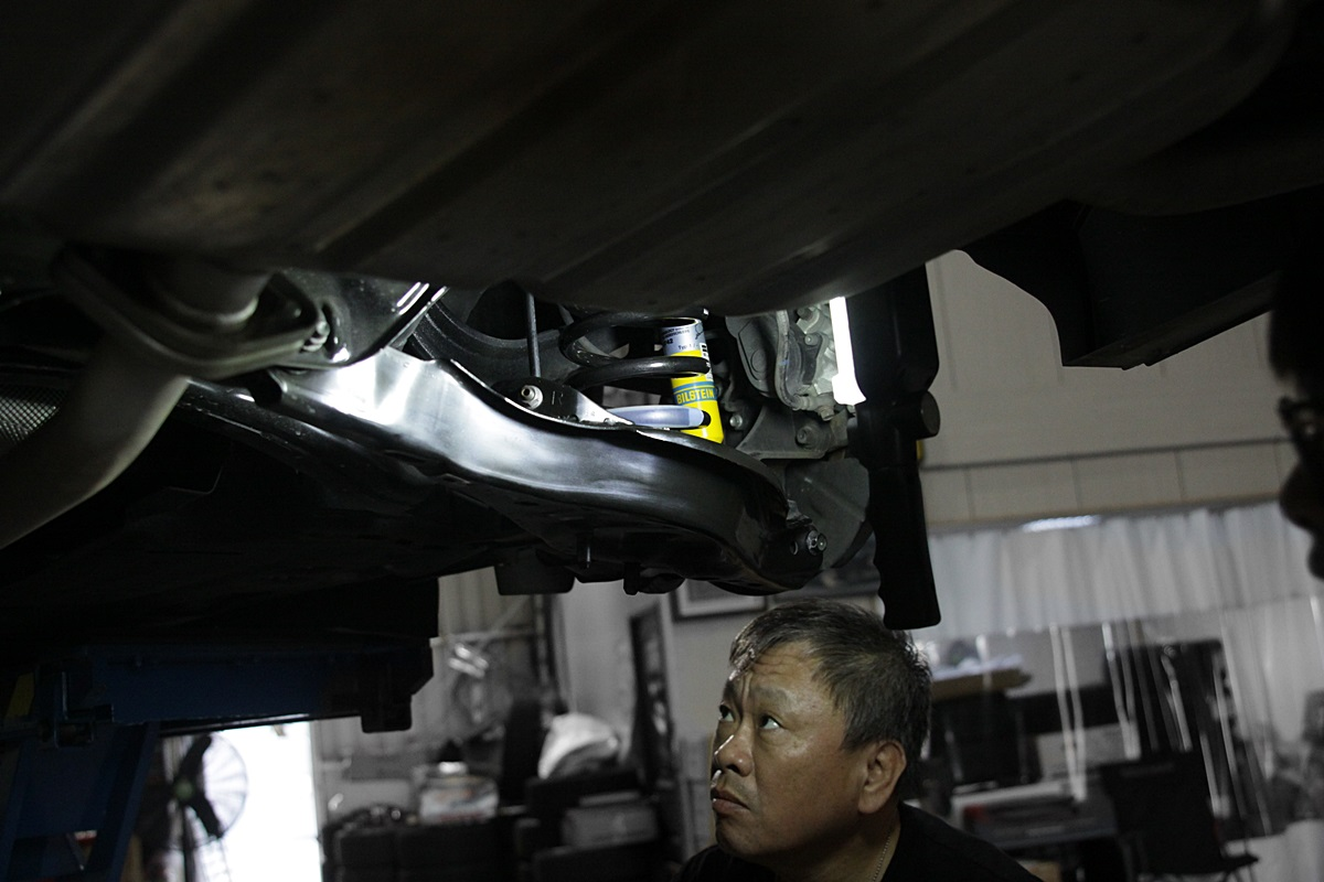 Mazda 6 Wagon BILSTEIN-20.JPG