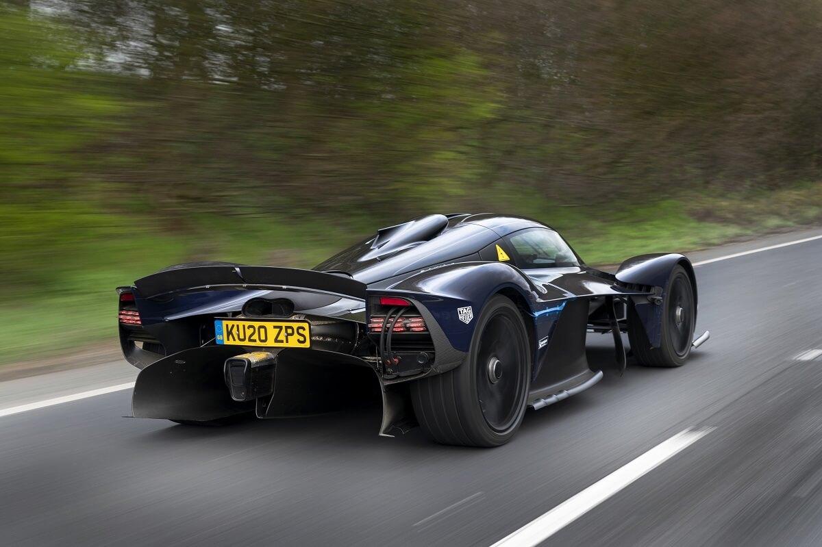 Aston_Martin_Valkyrie_3-jpg.jpg