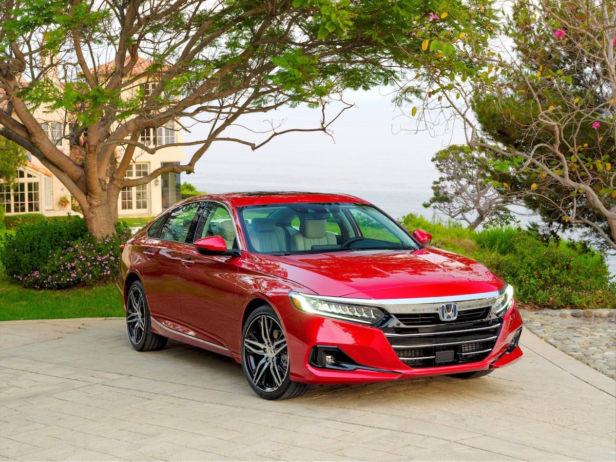 003 2021 Honda Accord Hybrid.jpg