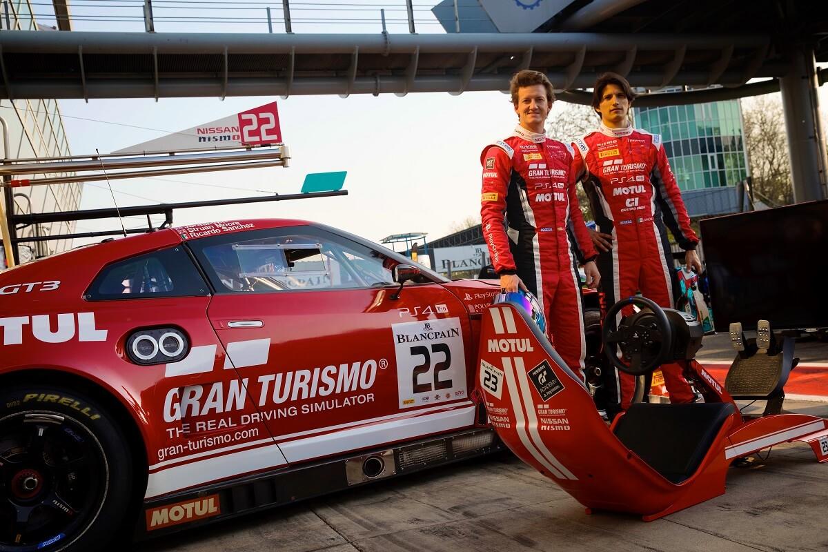 Nissan_Gran_Turismo_gamers___Photo_02.jpg
