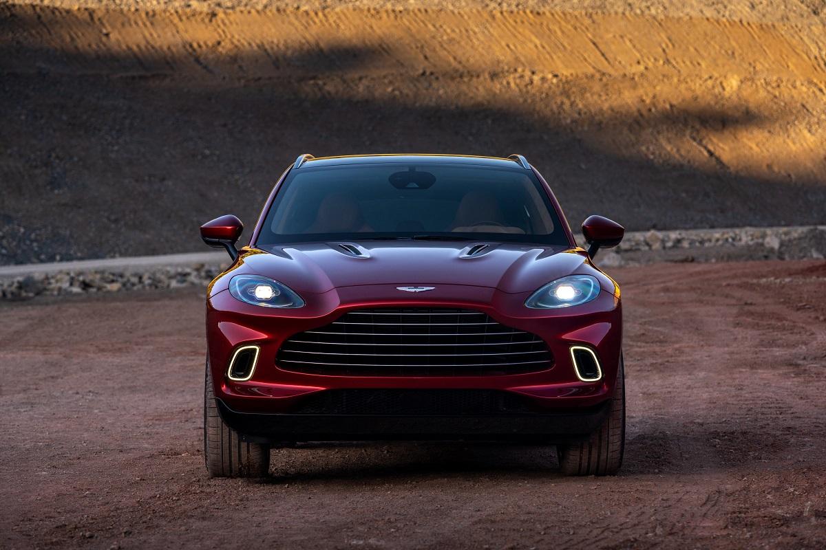 Aston_Martin_DBX04-jpg.jpg