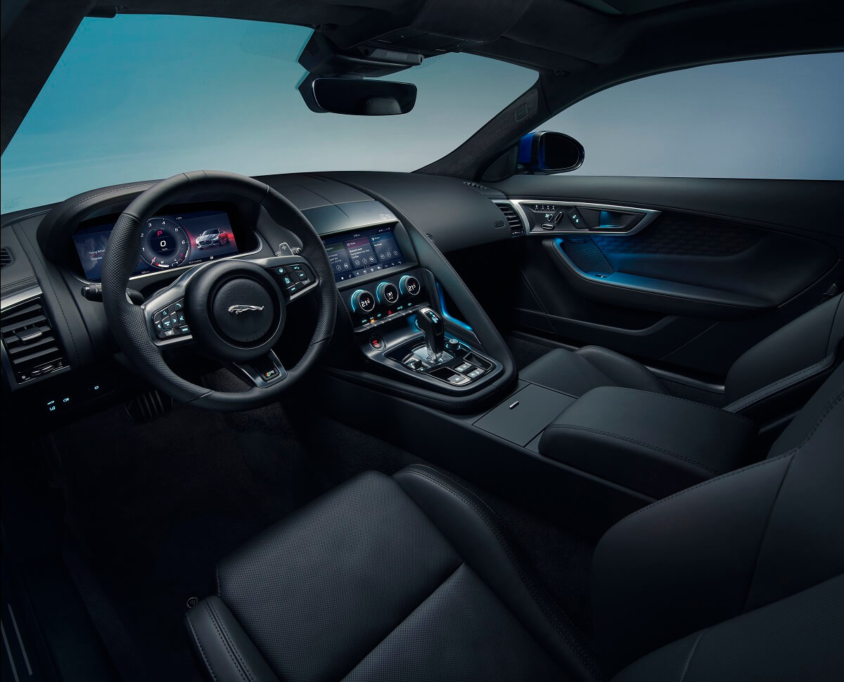 Jag_F-TYPE_21MY_Image_Studio_Interior_Ebony_02.12.19_01.jpg