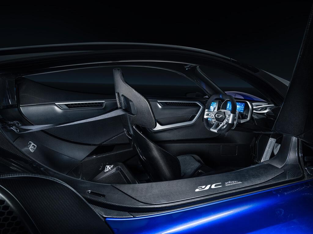 0.6-Czinger-21C-Lightweight-track-configuration-in-Geneva-International-Motor-Show-configuration-interior.jpg